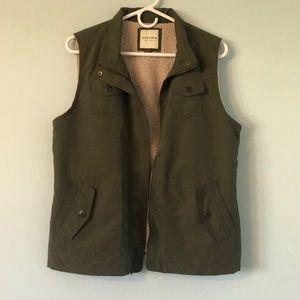 Sherpa vest
